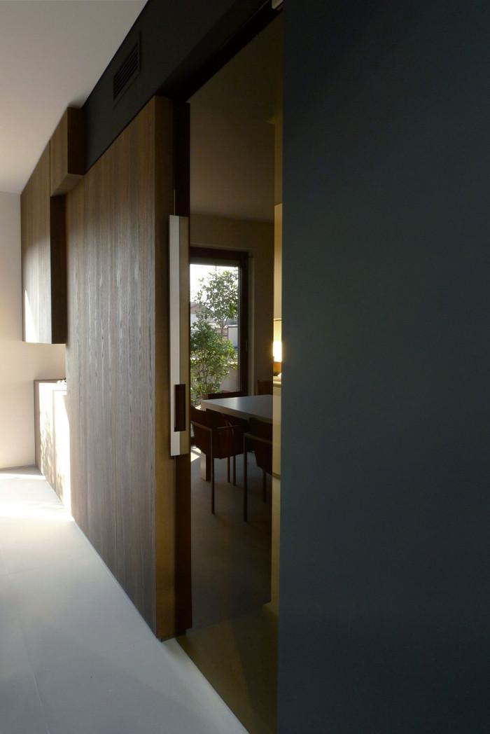 Contemporary_House_Italy_Deco_Inspiration_Bymyheels (6)