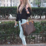 Capri pants and lace top