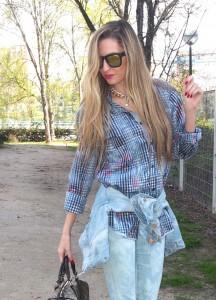 new balance sneakers capri jeans boton bag gucci combinado con cazadora denim