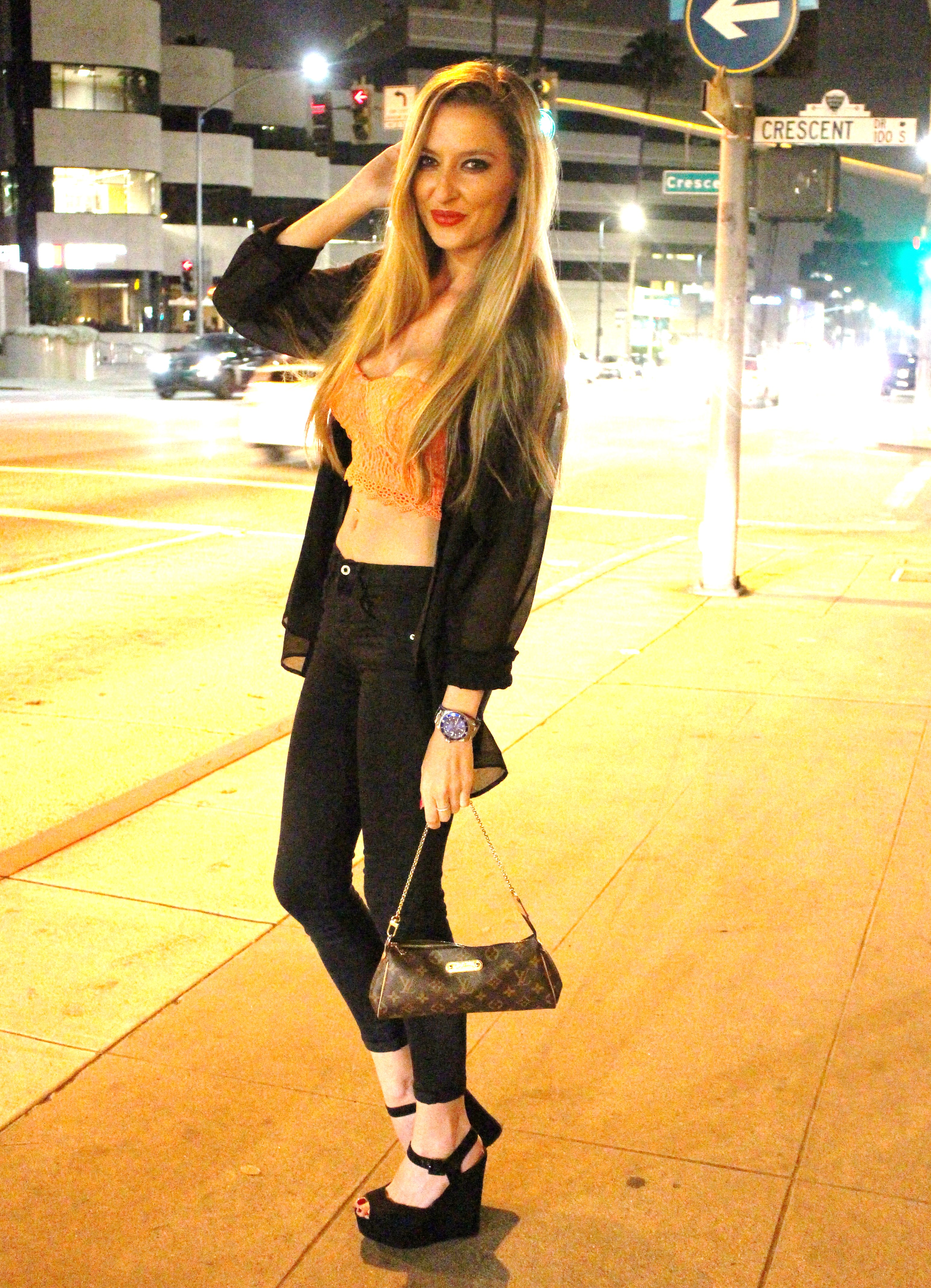 Black_Coral_Lights_Los_Angeles_Louis_Vuitton_Lara_Martin_Gilarranz_Bymyheels (4)
