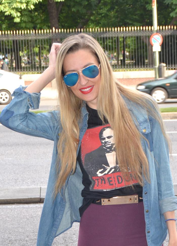 Midi_Skirt_Dolce_Gabbana_Tshirt_Menbur_Booties_Ray_Ban_Aviator_Sunnies_Amazona_Loewe_Lara_Martin_Gilarranz_Bymyheels (6)