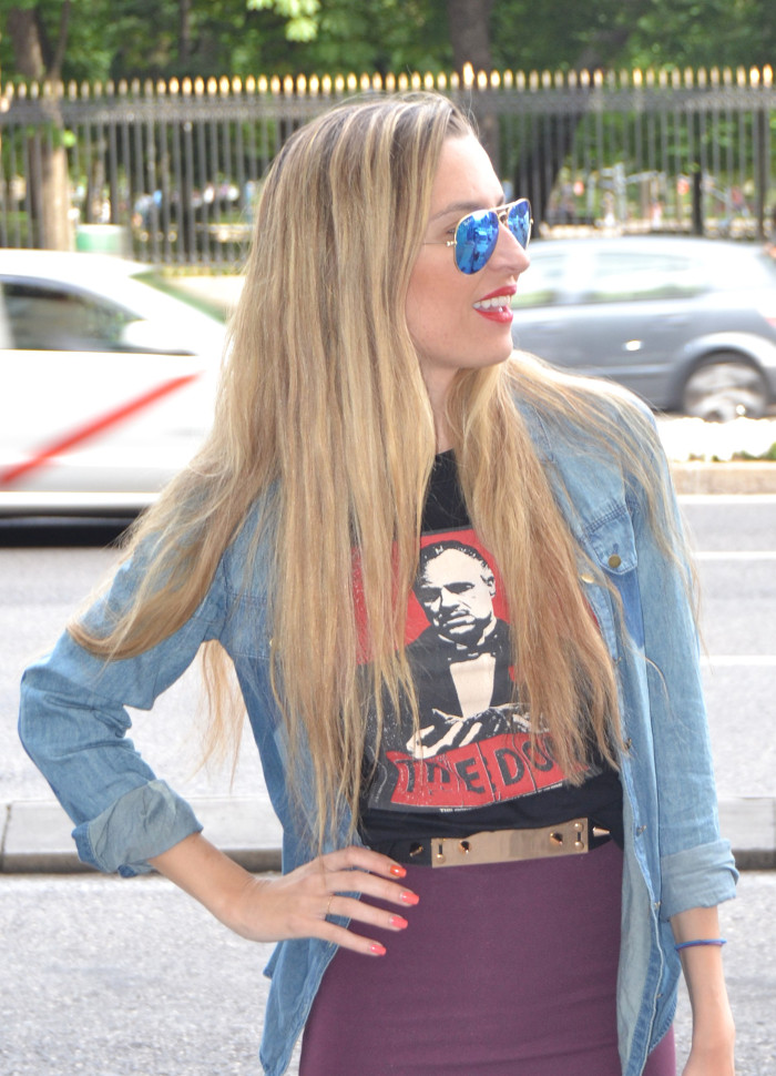 Midi_Skirt_Dolce_Gabbana_Tshirt_Menbur_Booties_Ray_Ban_Aviator_Sunnies_Amazona_Loewe_Lara_Martin_Gilarranz_Bymyheels (7)