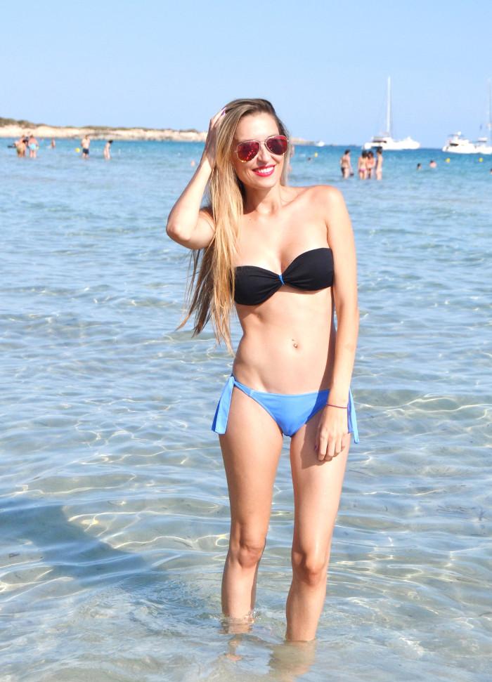 Beach_Outfi_Malibu_Ibiza_Bikini_Cropped_Top_Lara_Marti_Gilarranz_Bymyheels (10)