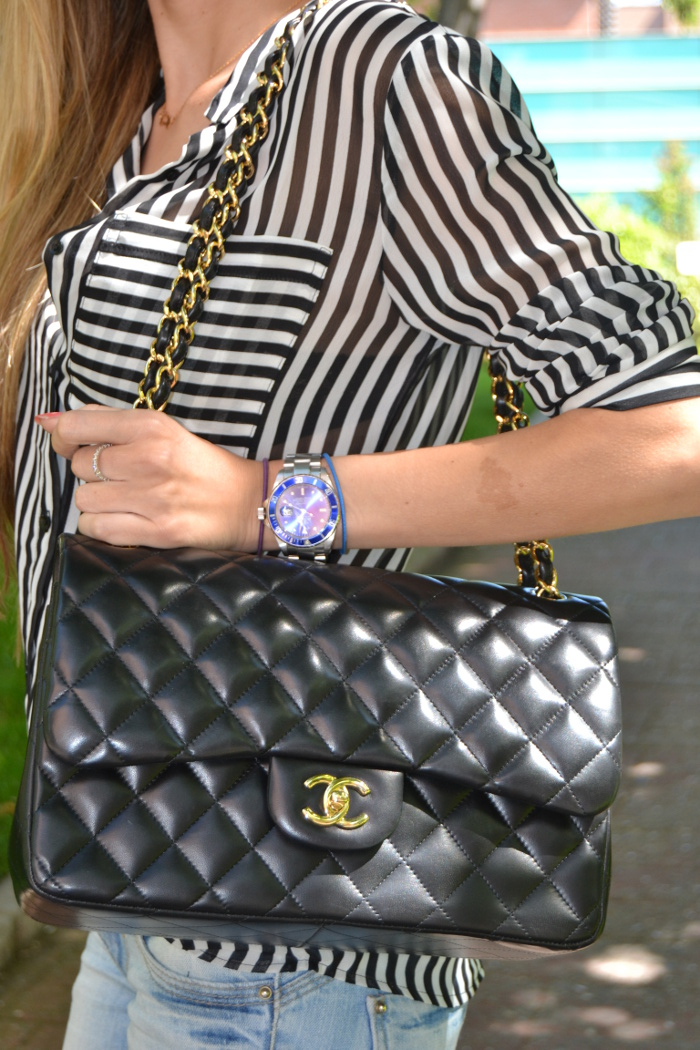 Chanel_255_Chanel_Bag_Black_Golden_Black_Stilettos_Ray_Ban_Leather_Jacket_Lara_Martin_Gilarranz_Bymyheels (12)