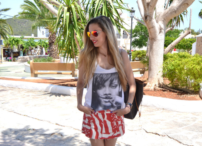 Strates_Print_Skirt_Blenders_Sunglasses_Eyewear_Eleven_Paris_T-shirt_Havaianas_Neverlfull_Louis_Vuitton_Lara_Martin_Gilarranz_Bymyheels (10)