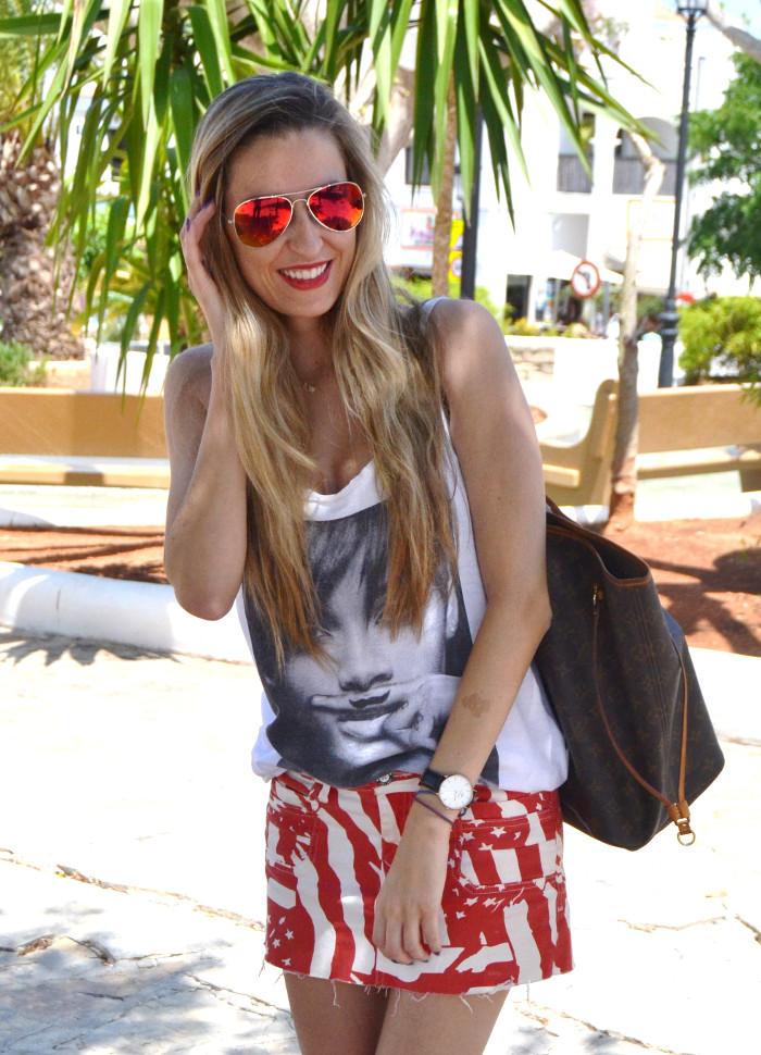 Strates_Print_Skirt_Blenders_Sunglasses_Eyewear_Eleven_Paris_T-shirt_Havaianas_Neverlfull_Louis_Vuitton_Lara_Martin_Gilarranz_Bymyheels (9)