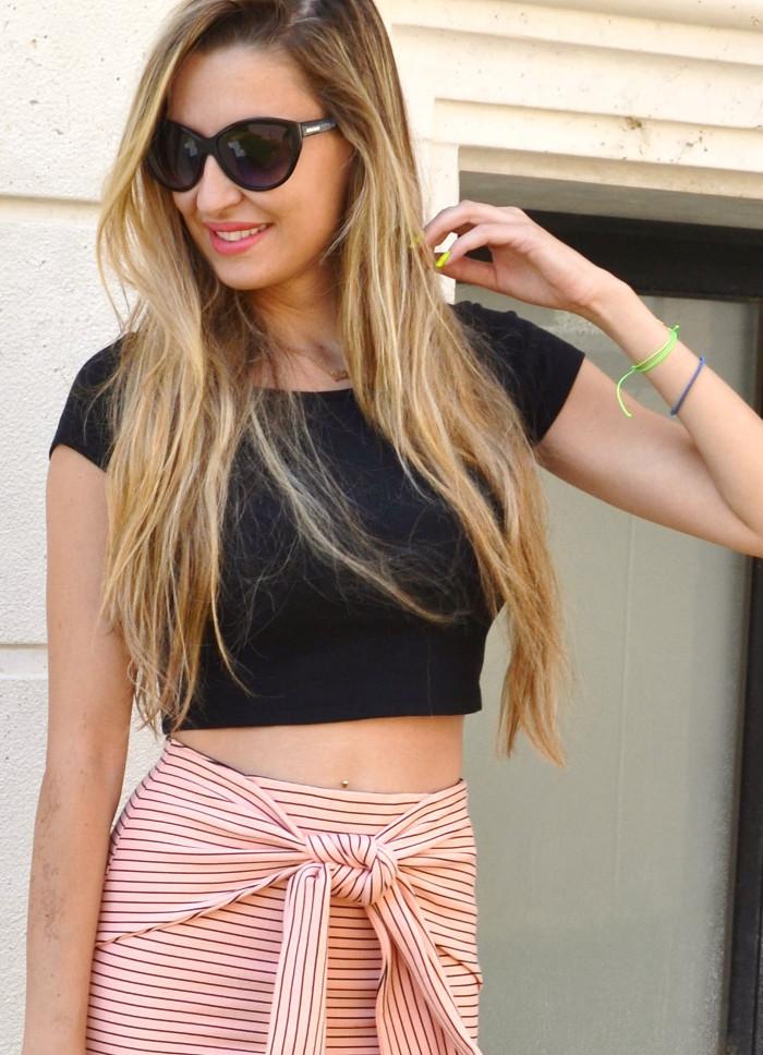 Midi_Skirt_Crop_Top_Zara_Clutch_Volum_Bags_Black_Pink_Stilettos_Lara_Martin_Gilarranz_Bymyheels (4)