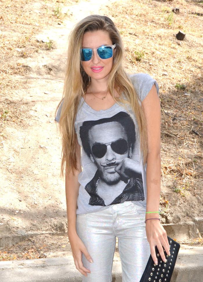 Silver_Jeans_Eleven_Paris_tshirt_Mirror_Sunnies_Guess_Sandals_Studs_Clutch_Lara_Martin_Gilarranz_Bymyheels (3)