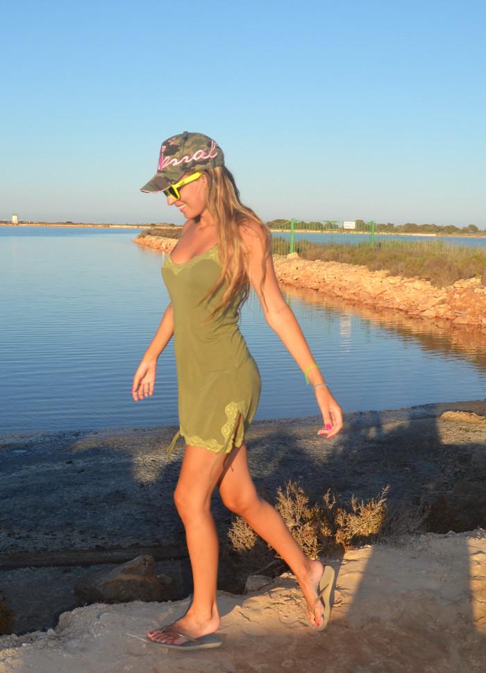 Beach_Dress_High_Waisted_Shorts_Crop_Top_Cap_Denim_Michael_Kors_Skirt_Lara_Martin_Gilarranz_Bymyheels (5)