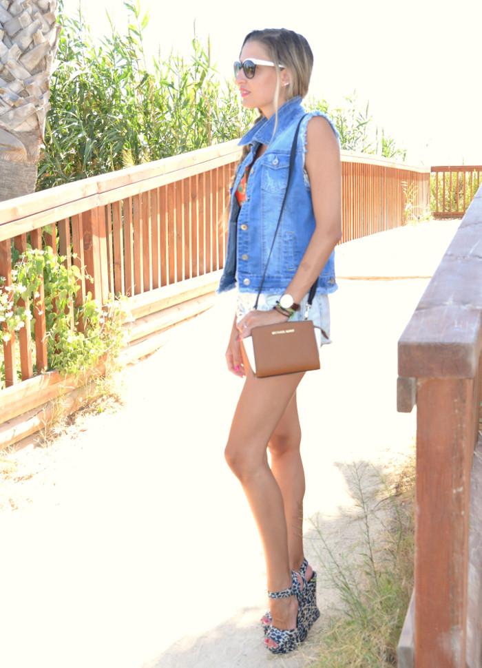 Beach_Dress_High_Waisted_Shorts_Crop_Top_Cap_Denim_Michael_Kors_Skirt_Lara_Martin_Gilarranz_Bymyheels (50)