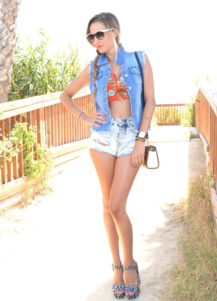 Beach_Dress_High_Waisted_Shorts_Crop_Top_Cap_Denim_Michael_Kors_Skirt_Lara_Martin_Gilarranz_Bymyheels (51)