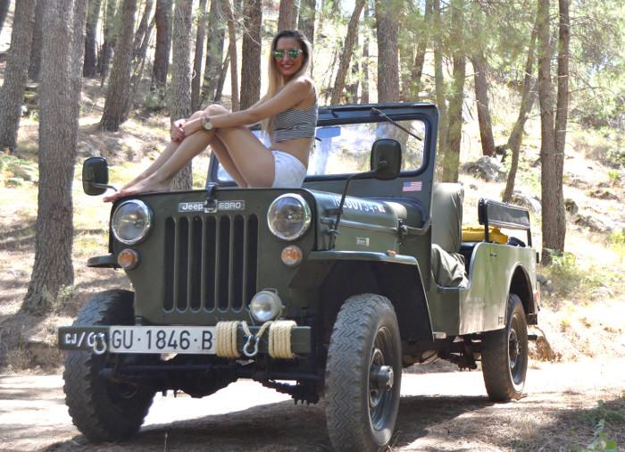 Jeep_Willys_II_Guerra_Mundial_Shorts_Cropped_Top_Sierra_Gredos_Lara_Martin_Gilarranz_Bymyheels (5)