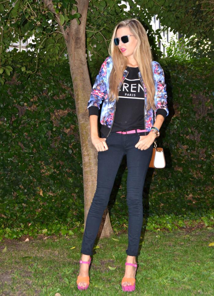 Personaling_Shopping_Online_Flowers_Bomber_Skinny_Jeans_Black_Mirror_Sunnies_Lara_Martin_Gilarranz_Bymyheels (1)
