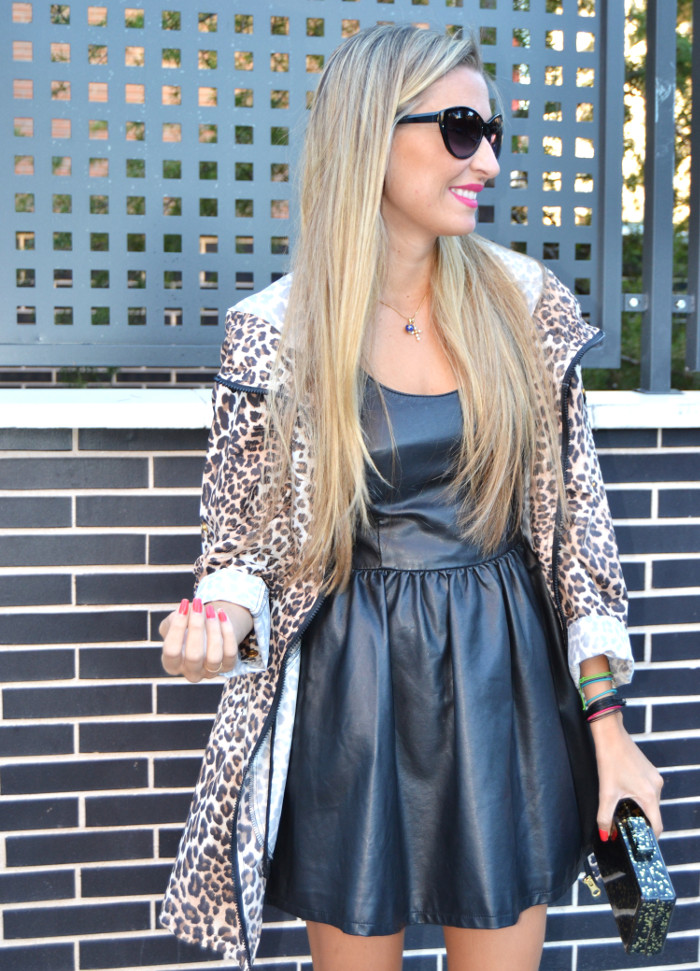 Venca_Gabardina_Animal_Print_Leather_Dress_Zapatos_Negros_Charol_Armand_Basi_Lara_Martin_Gilarranz_Bymyheels (5)