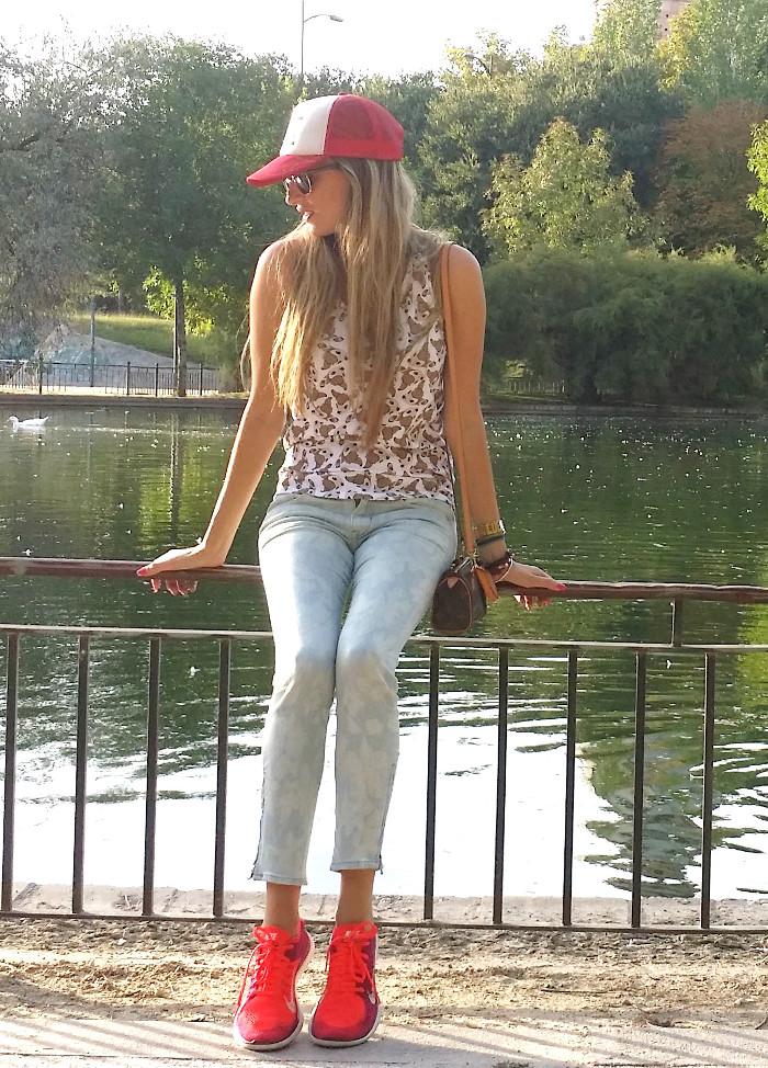 Talavera_Dinosaurs_Louis_Vuitton_Nike_Lara_Martin_Gilarranz_Bymyheels (3)