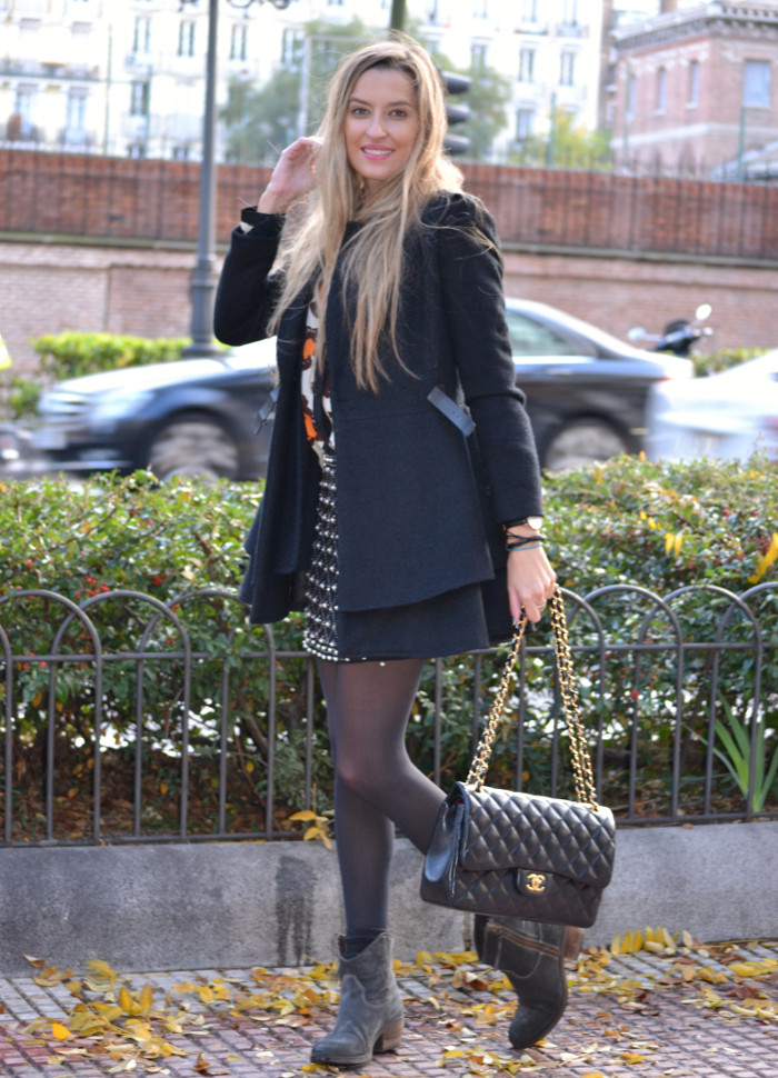 Black_Coat_Booties_Chanel_Blond_Lara_Martin_Gilarranz_Bymyheels. (6)