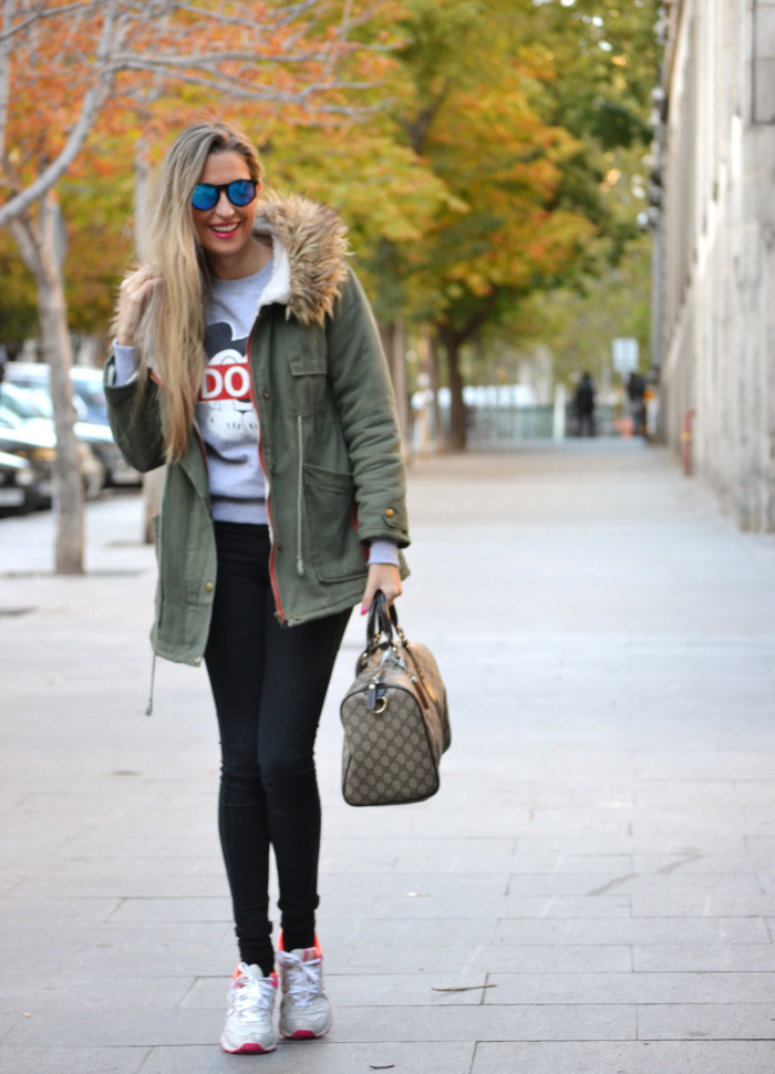 Military_Parka_New_Balance_Wantlook_Sunglasses_Mirror_Sunnies_Boston_Bag_Gucci_Lara_Martin_Gilarranz_Bymyheels (1)