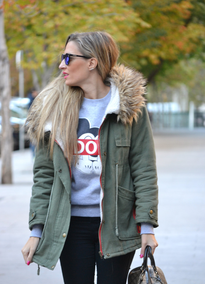 Military_Parka_New_Balance_Wantlook_Sunglasses_Mirror_Sunnies_Boston_Bag_Gucci_Lara_Martin_Gilarranz_Bymyheels (2)