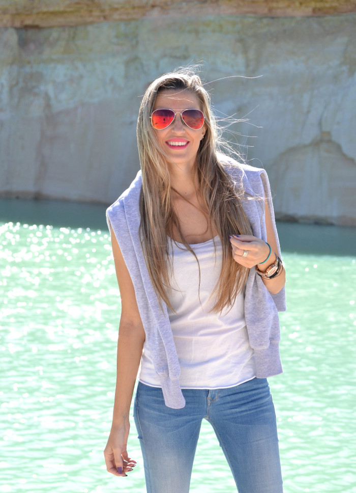Skinny_Jeans_Sweatshirt_New_Balance_Tank_Top_Blenders_Salsa_Jeans_Lara_Martin_Gilarranz_Bymyheels (2)