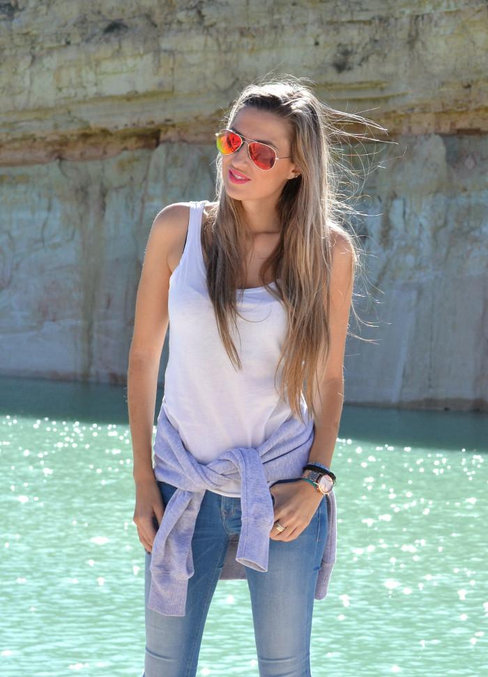 Skinny_Jeans_Sweatshirt_New_Balance_Tank_Top_Blenders_Salsa_Jeans_Lara_Martin_Gilarranz_Bymyheels (8)