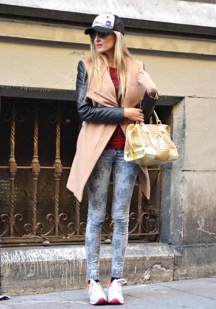 Wool_Leather_Coat_Skinny_Jeans_New_Balance_Cap_Amazona_Loewe_Quiksilver_Giorgio_Armani_Lara_Martin_Gilarranz_Bymyheels (2)