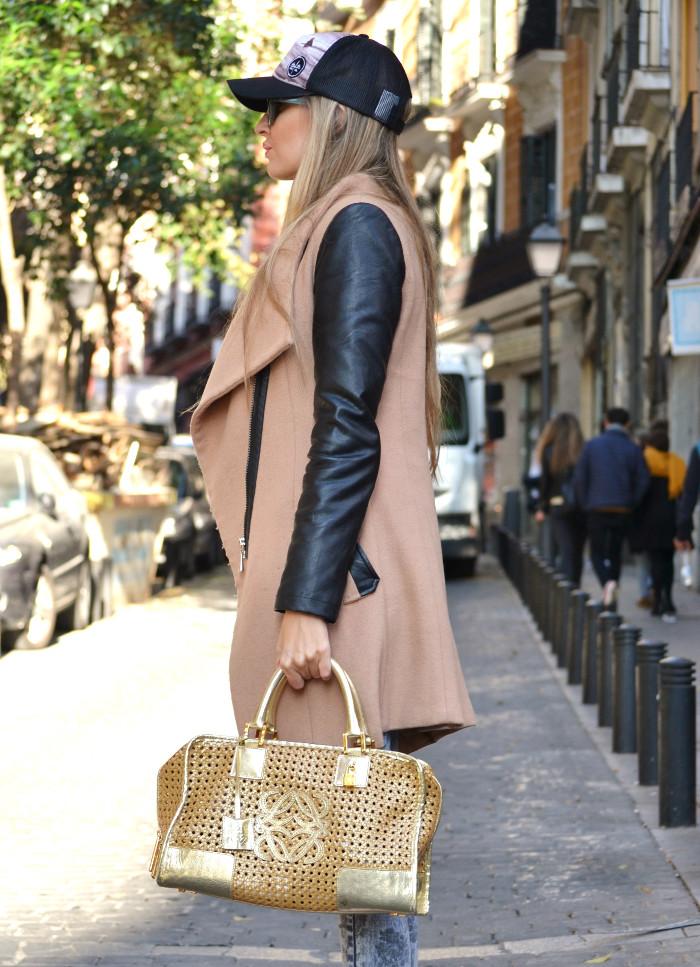 Wool_Leather_Coat_Skinny_Jeans_New_Balance_Cap_Amazona_Loewe_Quiksilver_Giorgio_Armani_Lara_Martin_Gilarranz_Bymyheels (7)
