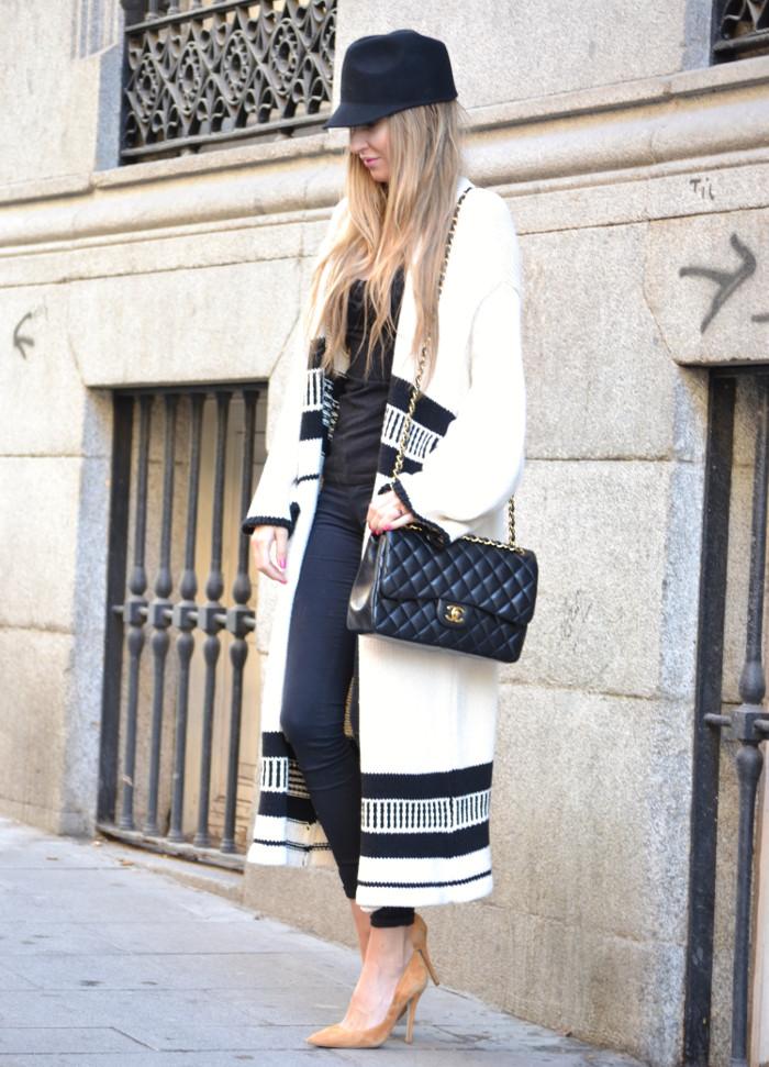 Long_Cardigan_Hat_Asos_Zara_Stilettos_Jumbo_Chanel_Lara_Martin_Gilarranz_Bymyheels_Street_Style_Fashion_Blogger (2)