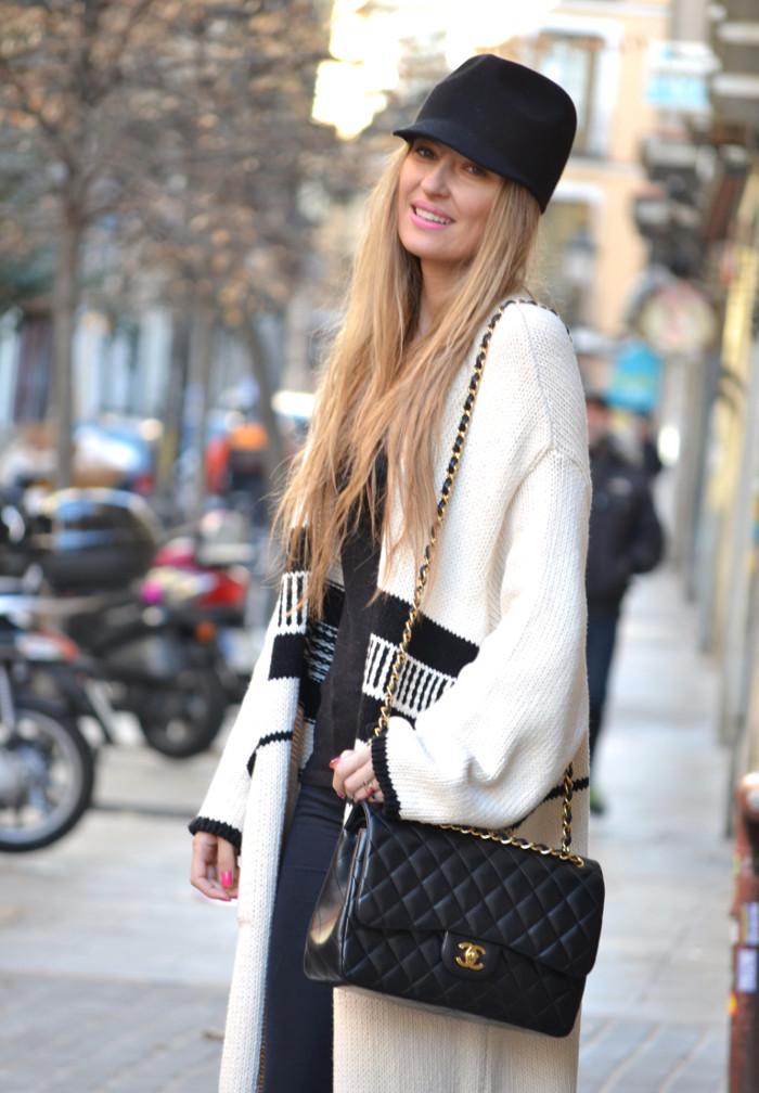Long_Cardigan_Hat_Asos_Zara_Stilettos_Jumbo_Chanel_Lara_Martin_Gilarranz_Bymyheels_Street_Style_Fashion_Blogger (4)