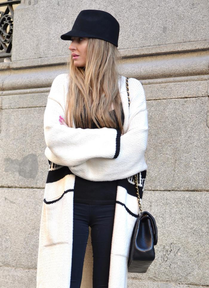 Long_Cardigan_Hat_Asos_Zara_Stilettos_Jumbo_Chanel_Lara_Martin_Gilarranz_Bymyheels_Street_Style_Fashion_Blogger (7)