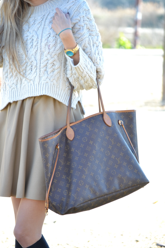 Over_The_Knee_Camel_Skirt_Sweater_Louis_Vuitton_Lara_Martin_Gilarranz_Bymyheels (6)