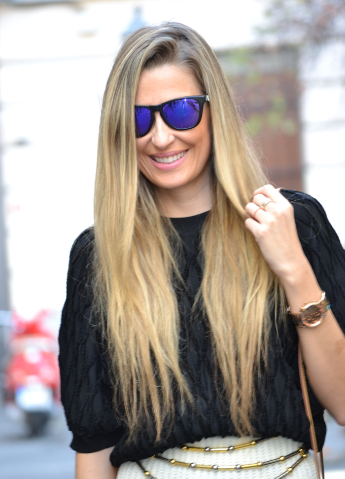 Wool_Midi_Skirt_Booties_Mirror_Sunnies_Blenders_Louis_Vuitton_Pochette_Eva_Lara_Martin_Gilarranz_Bymyheels (3)