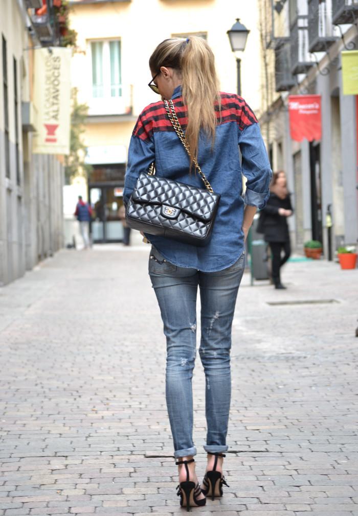 Camisa_Vaquera_Cuadros_Venca_Wantlook_Jumbo_255_Chanel_Pantalon_Rolex_Lara_Martin_Gilarranz_Bymyheels (6)