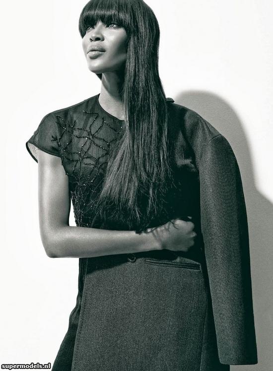 Naomi_Campbell_Abrigo_Coat_Hapers_Bazaar_Bymyheels (10)