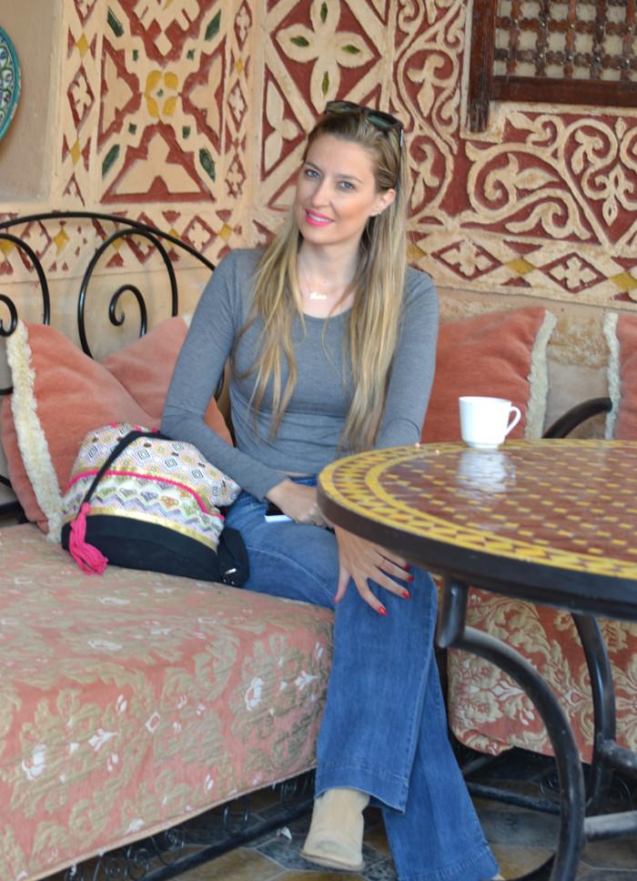 Flared_Jeans_Mochila_Morocco_Rally_Solidario_Lara_Martin_Gilarranz_Bymyheels (6)