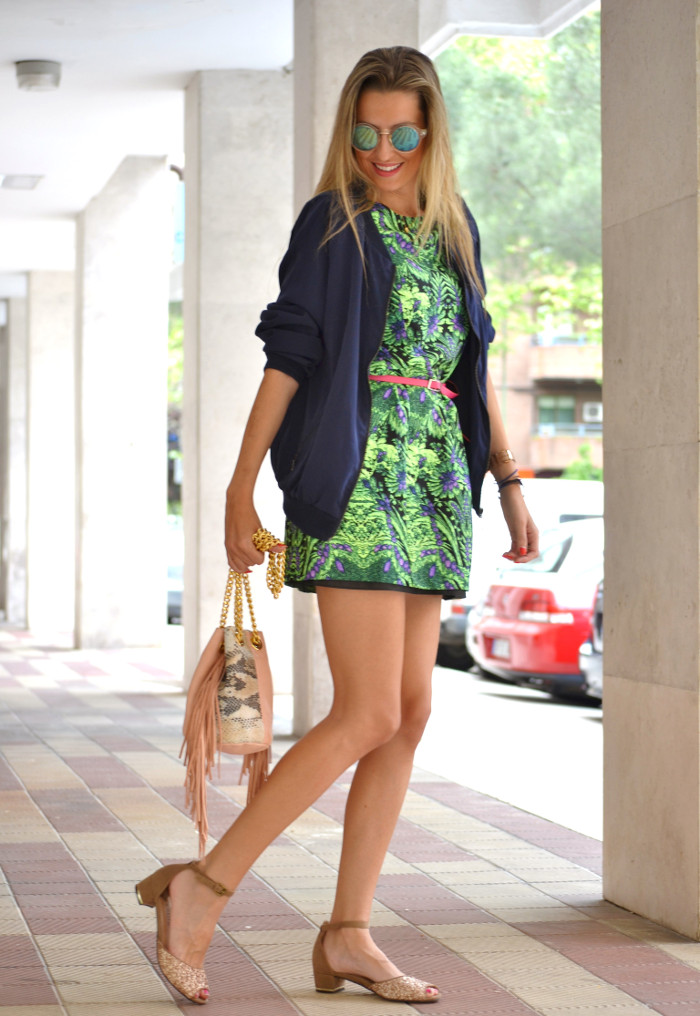 Green_Dress_Bomber_Glitter_Shoes_Lara_Martin_Gilarranz_Bymyheels (10)