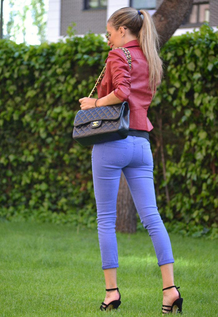 Jeans_Capri_Primark_Zara_Jumbo_Chanel_Guess_Leather_Perfecto_Jacket_Lara_Martin_Gilarranz_Bymyheels (2)