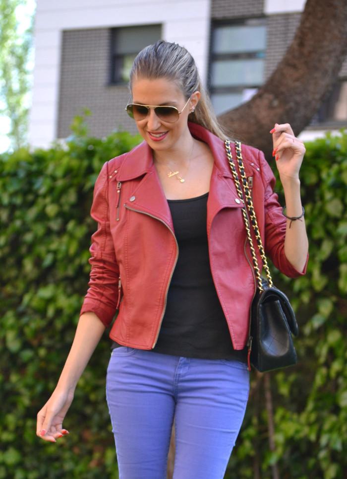 Jeans_Capri_Primark_Zara_Jumbo_Chanel_Guess_Leather_Perfecto_Jacket_Lara_Martin_Gilarranz_Bymyheels (4)