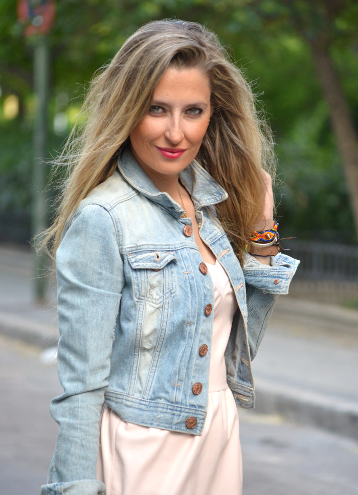 Pink_Leather_Dress_Denim_Jacket_Guess_Boots_Urban_Vicart_Lara_Martin_Gilarranz_Bymyheels (3)
