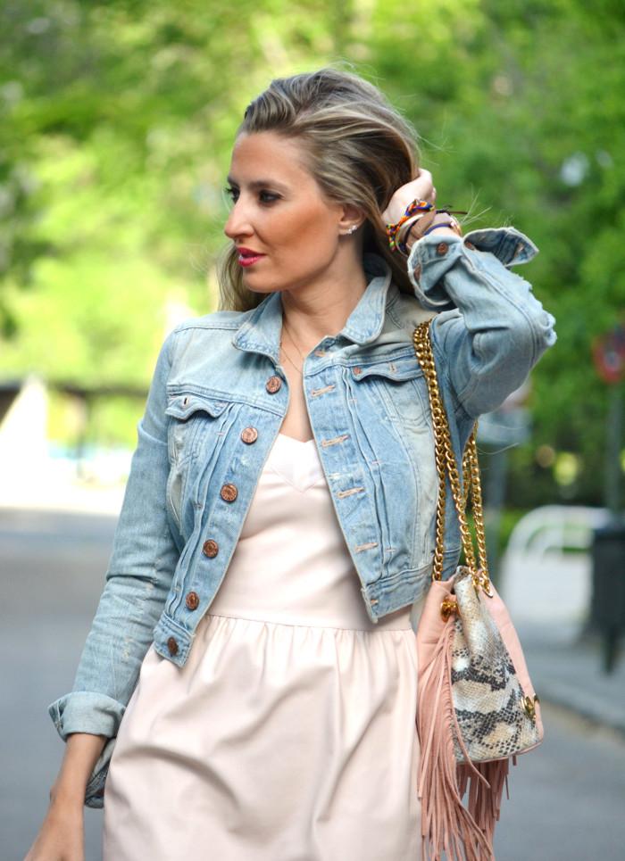 Pink_Leather_Dress_Denim_Jacket_Guess_Boots_Urban_Vicart_Lara_Martin_Gilarranz_Bymyheels (9)
