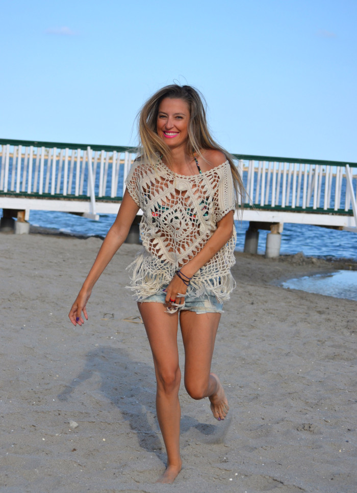 C&A_Crochet_Denim_Shorts_Flowers_Print_Cap_Beach_Fun_Lara_Martin_Gilarranz_Bymyheels (8)