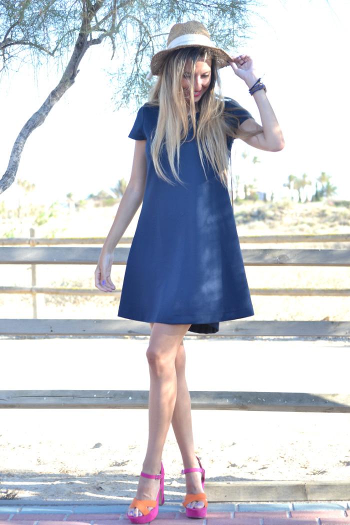 Sunset_Hat_Blue_Dress_Sandalias_Plataforma_Louis_Vuitton_Lara_Martin_Gilarranz_Bymyheels (5)