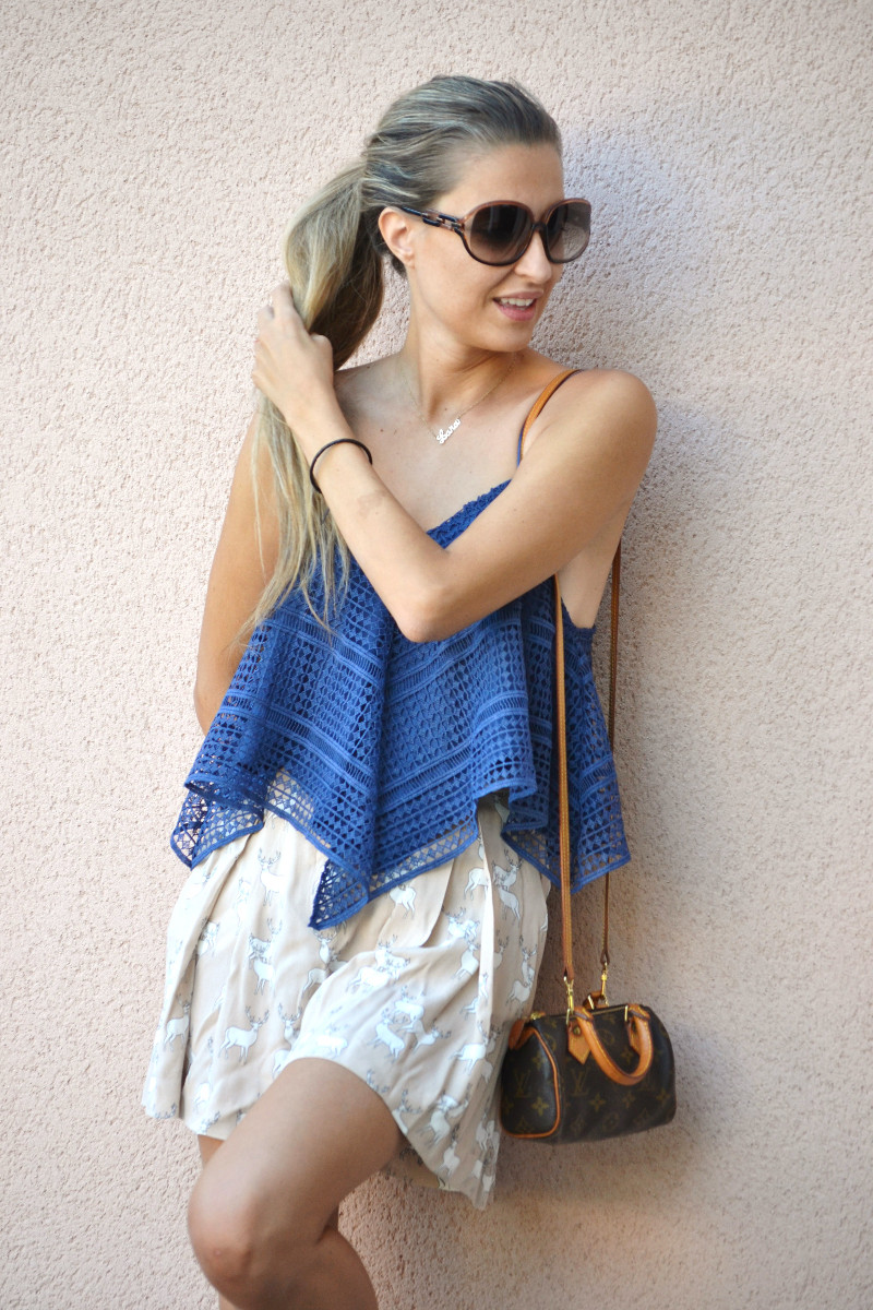 Crochet_Top_Blue_Shorts_Zara_Sandals_Lara_Martin_Gilarranz_Bymyheels (10)