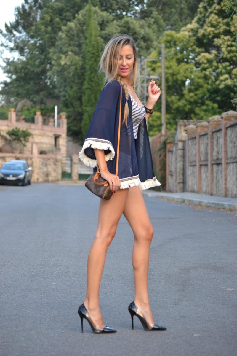 Fringes_Caftan_Crop_Top_Shorts_Stilettos_Louis_Vuitton_Lara_Martin_Gilarranz_Bymyheels (6)