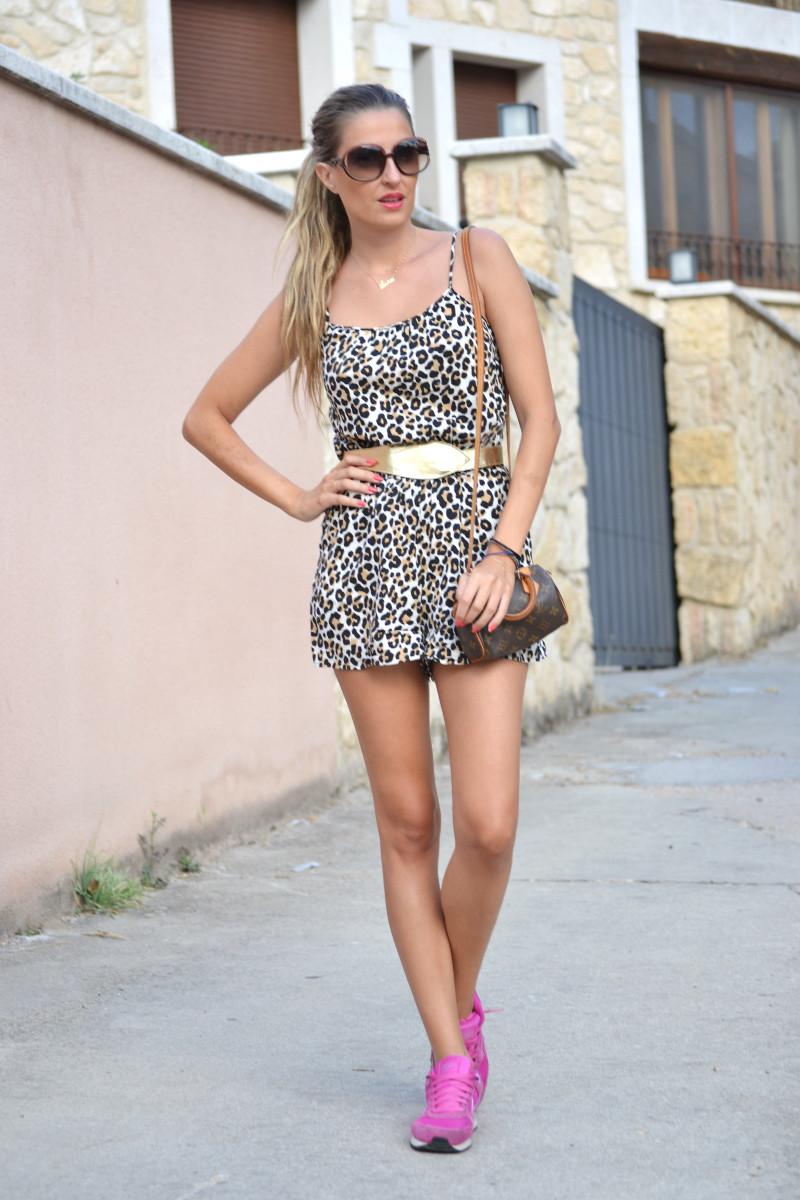 Jumpsuit_Cavalli_Nike_Lara_Martin_Gilarranz_Mini_Speedy_Louis_Vuitton_Bymyheels (4)