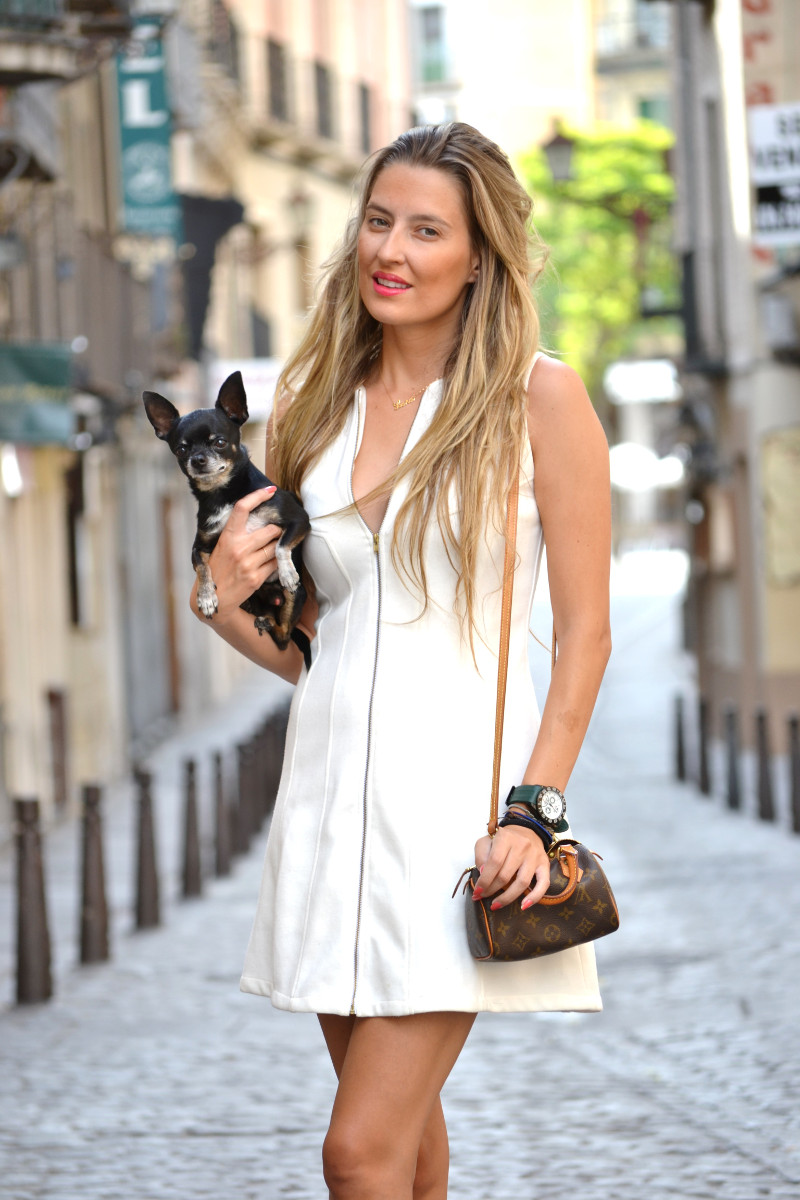 Vestido_Cremallera_White_Dress_Platforms_Zara_Louis_Vuitton_Chihuahua_Dallas_Lara_Martin_Gilarranz_Bymyheels (2)