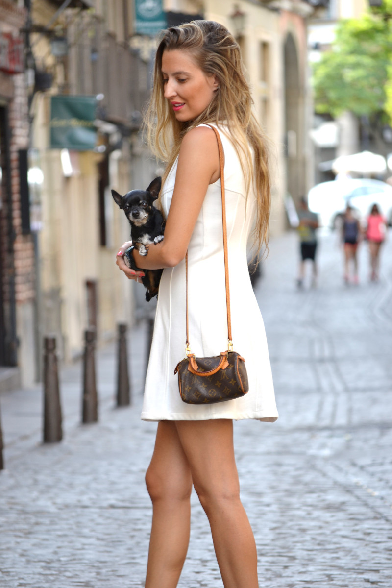 Vestido_Cremallera_White_Dress_Platforms_Zara_Louis_Vuitton_Chihuahua_Dallas_Lara_Martin_Gilarranz_Bymyheels (6)