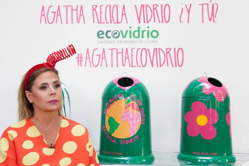 Agatha_Ecovidrio_Contenedores_Jumpsuit_Lara_Martin_Gilarranz_Bymyheels (2)