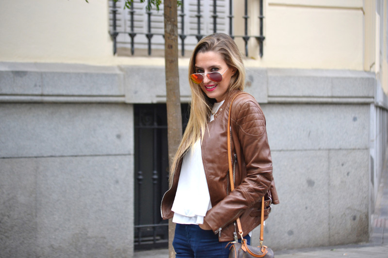 Biker_Jacket_Salsa_Leather_Ripped_Jeans_Lara_Martin_Gilarranz_Oxford_Shoes_Bymyheels (4)