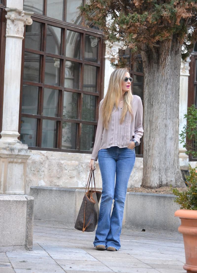 Parador_Cuenca_Claustro_Flared_Jeans_Oxygene_Lara_Martin_Gilarranz_Bymyheels (10)