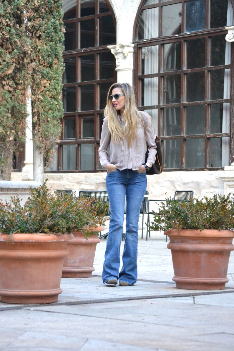 Parador_Cuenca_Claustro_Flared_Jeans_Oxygene_Lara_Martin_Gilarranz_Bymyheels (4)